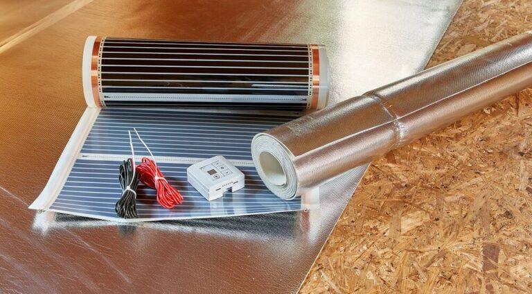Támogatás 3 műszaki tartalom egyikére igényelhető: (1) Tetőszerkezetre helyezett, saját fogyasztás kiváltását célzó napelemes rendszer létesítése VAGY (2a) Napelemes rendszer telepítése, nyílászárók cseréje, tárolókapacitás létesítése és fűtési rendszer korszerűsítése infra- vagy fűtőpanelekkel VAGY (2b) Napelemes rendszer telepítése, nyílászárók cseréje, tárolókapacitás létesítése és fűtési rendszer korszerűsítése hőszivattyúval